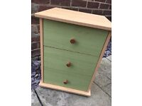 Small 3 drawers / chest of drawers / bedside table - green and pine