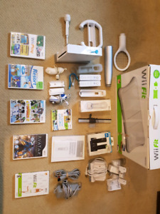 NINTENDO WII FAMILY BUNDLE