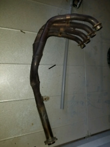 Motorcycle exhaust manifold
