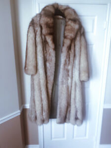 Ladies Genuine BLUE FOX full length fur coat