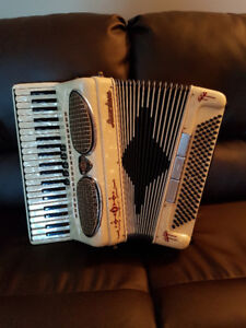 Excelsior Lightweight Accordion