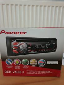 Car stereo cd pioneer deck