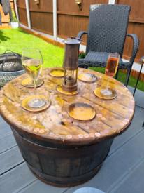 BARREL GARDEN TABLE