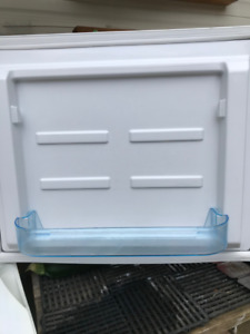 20 cubic Propane Fridge For Sale $1950 in Powassan
