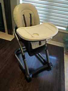 Graco Blossom 4-in-1 High Chair Kingston Kingston Area image 1