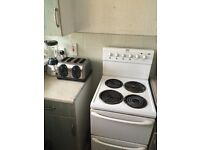 £100 cooker + washing machine + microwave + all in pic