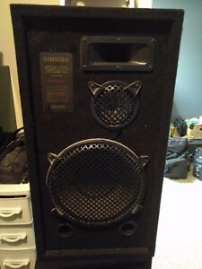 Surround sound system - audio receiver - speakers