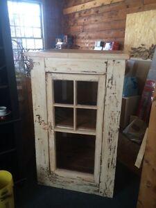 Storage/linen cupboard