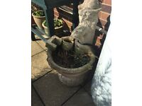 Water feature or planter