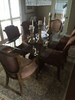 OUTSTANDING DINING TABLE WITH 6 BOMBAY CHAIRS/ DELIVERED