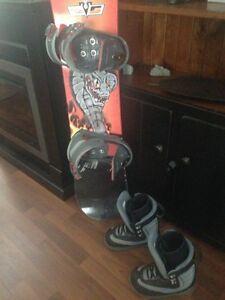 "128"" Snowboard/boots/binding"