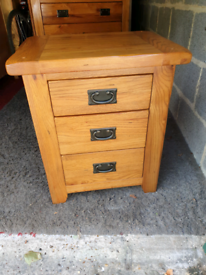 Harveys Toulouse Rustic Solid Oak Single Bedside Table