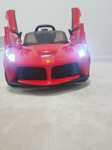 Ferrari Ride-ON -brand new, never used. Own business: DATTADEALS