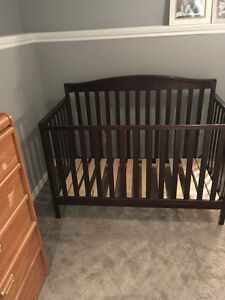 Crib and Bed set for sale/!!! Does not come with Mattress