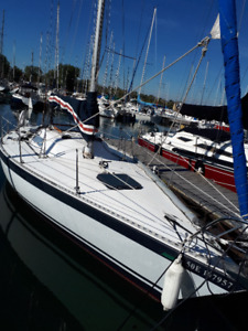 CHASER 29 Sailboat Perfect Condition- Selling Cheap!!