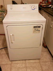 MAYTAG DRYER  **DELIVERY INCLUDED **