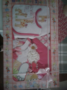 7 piece baby girl gift set