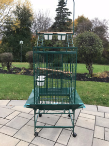Large Bird Cage offers quality craftsmanship at an affordable co