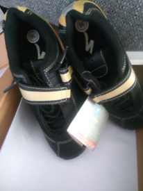 Specialized Woman's Cycling Shoes Size 5 - Sonoma County Shoes