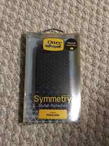 OtterBox Symmetry for iPhone 5, 5s and SE. Brand New