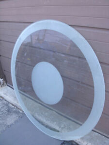 Used Heavy Duty 10 mm Glass Round Table Top only, no base