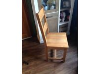 Solid oak dining chairs x 4Stunning cost £200'each bargain
