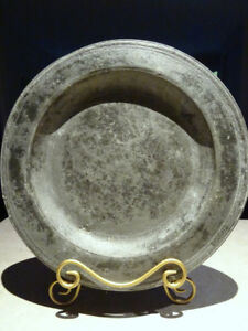 17thC relic PEWTER charger TRENCHER incised multi reed ENGL 1680