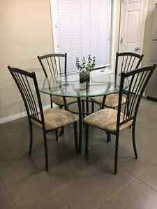 Chairs Buy Or Sell Dining Table Sets In Edmonton Kijiji Classifieds
