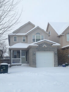 Nice 3 bed home - Available Feb. 15th Cambridge Kitchener Area image 1