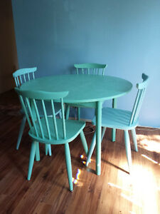 vintage wooden table and chairs