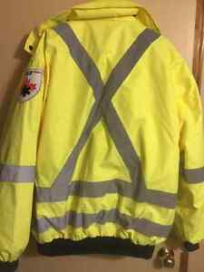 3 in 1 High Vis Winter/Spring reflective Jacket Sarnia Sarnia Area image 2