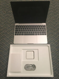 Practically new macbook 12 inch early 2015
