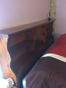 5-piece cherry queen bedroom set