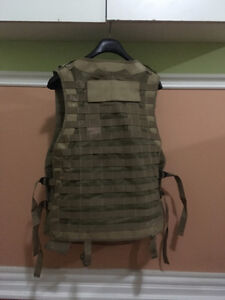 Tactical vest Paintball \ Airsoft Sand and Green L \ XL West Island Greater Montréal image 2
