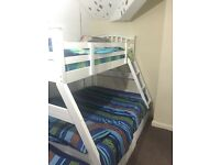 Solid bunk bed