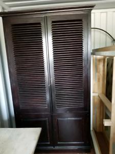 Dark woodVenetian door storage cupboard solid wood