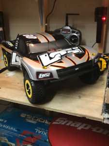 Losi Xxx Sct 1/10 RC truck..brand new with extra battery
