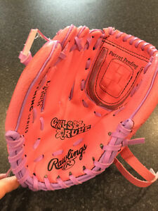 "Rawlings® Player Series PL109P 9"" Girl T-Ball Glove (RIGHT Hand)"
