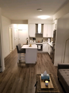 One Bedroom + Den (Burlington)