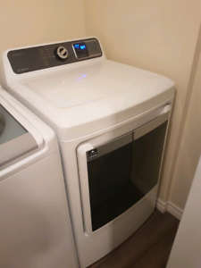 Insignia Top Load Washer & Front Load Dryer