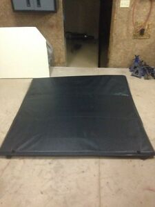 Ford F-150 5.5 soft top tri-fold tonneau cover