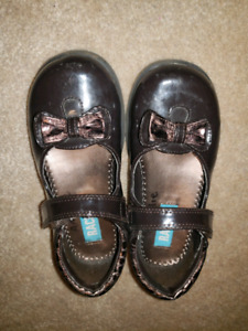 Toddler size 10 dress shoe