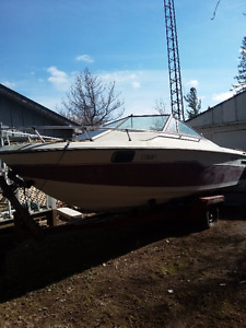 1985 20FT Tempest Boat, with SingleAxleTrailer!