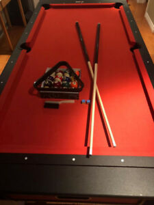 Pool table / Air Hockey