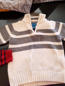 Boys sweater size 18/24-2T.