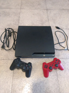 Ps3 slim, 2 controllers and games