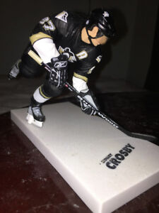 SYDNEY CROSBY figure: HOCKEY MINI STICKS