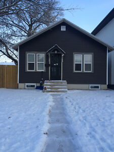 Single Family Home,partially furnished, close to UofS & 8th st