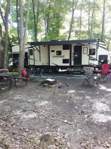 2018 36ft travel trailer