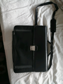 """Laptop bag - large leather bag for 17"""" laptops £10"""